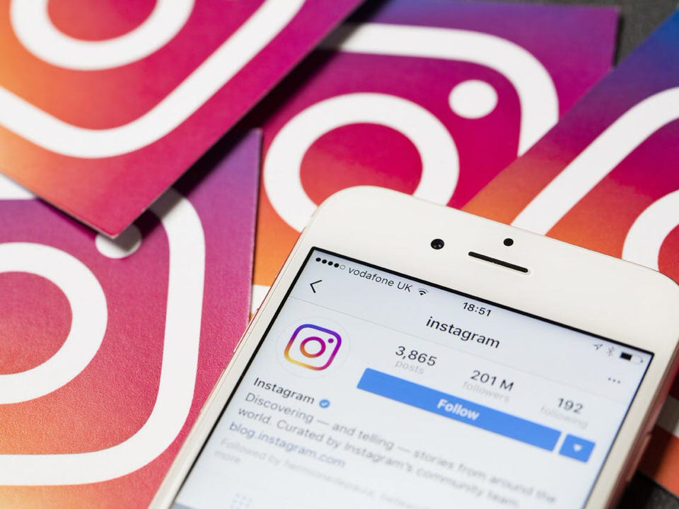 How to Make the Instagram Algorithm Work in Your Favor